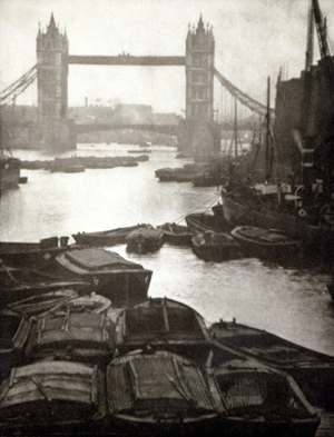 © GEH/31-Studio - Alvin Langdon Coburn - Tower Bridge - 31-Studio Platinum Print